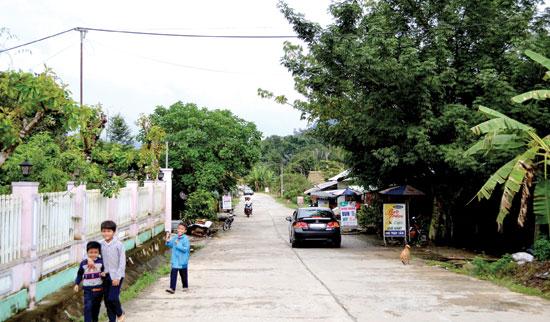 QL14D qua địa bàn Nam Giang, kéo dài lên biên giới Việt - Lào.Ảnh: CÔNG TÚ