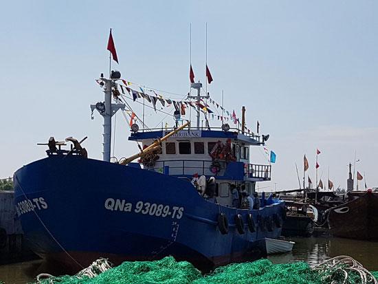 Tàu vỏ thép của ông Nguyễn Đình Châu (phường Cẩm Nam, TP.Hội An) trị giá hơn 15 tỷ đồng, được đóng mới từ nguồn vốn vay của Agribank Quảng Nam.