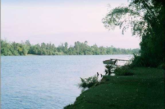 Nắng chiều Xuân trên sông Tam Kỳ (ảnh Phú Bình)