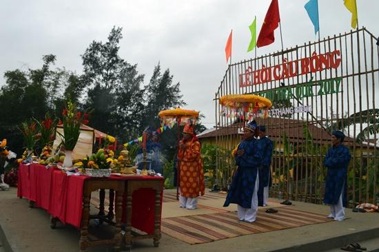 Lễ hội Cầu Bông đầu năm cầu mong mùa màng tươi tốt