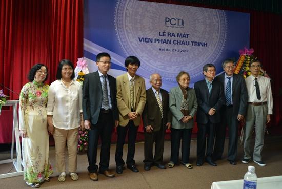 Hội đồng Viện Phan Châu Trinh gồm 12 thành viên là các nhà nghiên cứu văn hóa,  khoa học