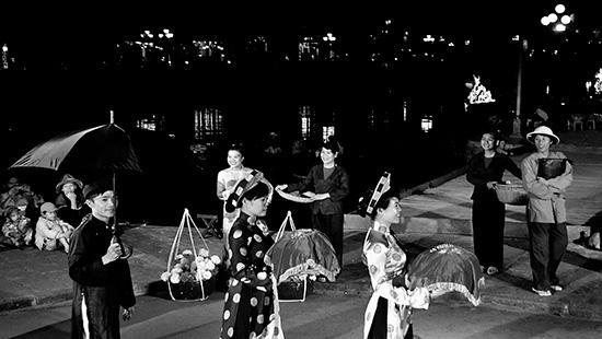 Tái hiện chuyện xưa xứ Quảng - trong một lễ hội mới tại Hội An. Ảnh: Ngọc Phước