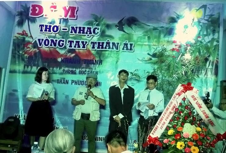 Những đêm thơ của anh Ninh luôn để lại ấn tượng sâu sắc trong lòng khán giả. Ảnh: Nhân vật cung cấp
