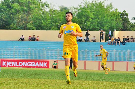 FLC Thanh Hóa là một trong những ứng cử viên cho chức vô địch V-League 2017.Ảnh: AN NHI