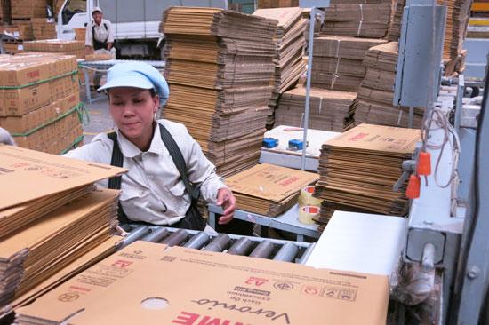 Doanh nghiệp mở rộng sản xuất kinh doanh là cơ sở để dự ước số tăng thu ngân sách.Ảnh: T.DŨNG