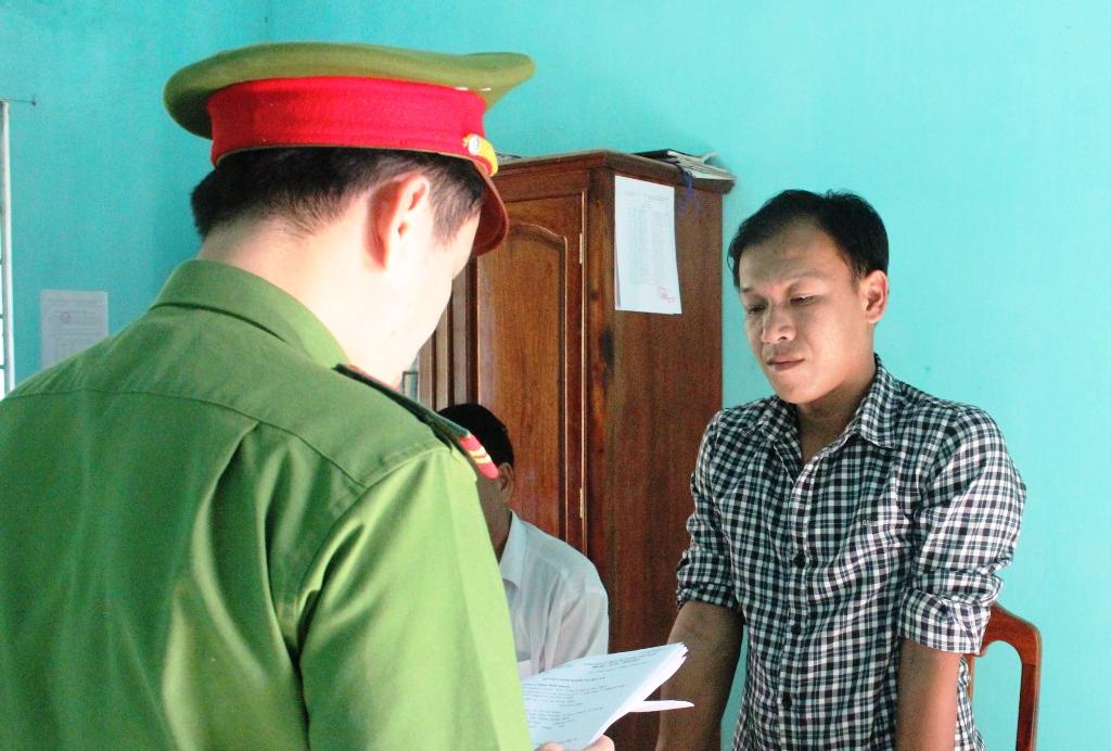 Gây tai nạn chết người rồi bỏ chạy, tài xế Lộc bị cơ quan điều tra Công an huyện Núi Thành tạm giam. Ảnh: C.C