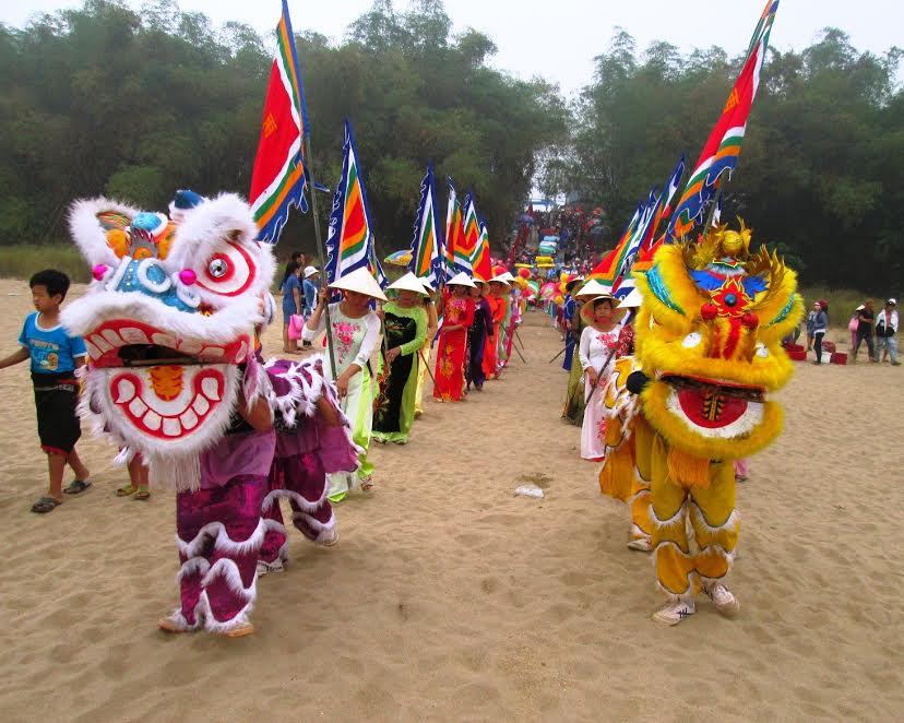 Năm nay, lễ hội Bà Thu Bồn cũng được chính quyền và nhân dân xã Duy Tân tổ chức với quy mô lớn. Ảnh: HOÀI NHI
