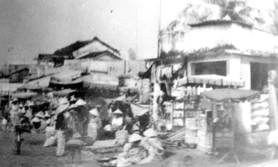 Chợ Phong Thử ngày trước.