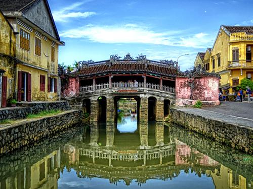 Chua Cau. Photo: Vietnamtourism