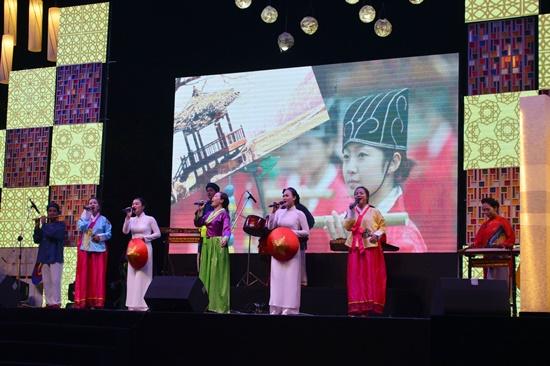 Thông qua các chương trình văn hóa nghệ thuật sẽ giúp người dân và du khách hiểu hơn về đất nước và con người Hàn Quốc