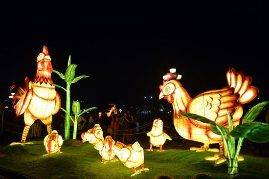 Đèn lông Hàn Quốc trưng bày tại đêm bế mạc