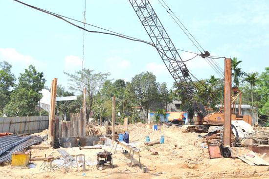 Vướng mắc tại xã Tam Thái 2, Phú Ninh thuộc gói thầu số 7 còn tồn tại dai dẳng.Ảnh: C.TÚ