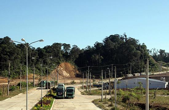 Tuyến quốc lộ 14D qua cửa khẩu Nam Giang sẽ được đầu tư nâng cấp.Ảnh: T.D