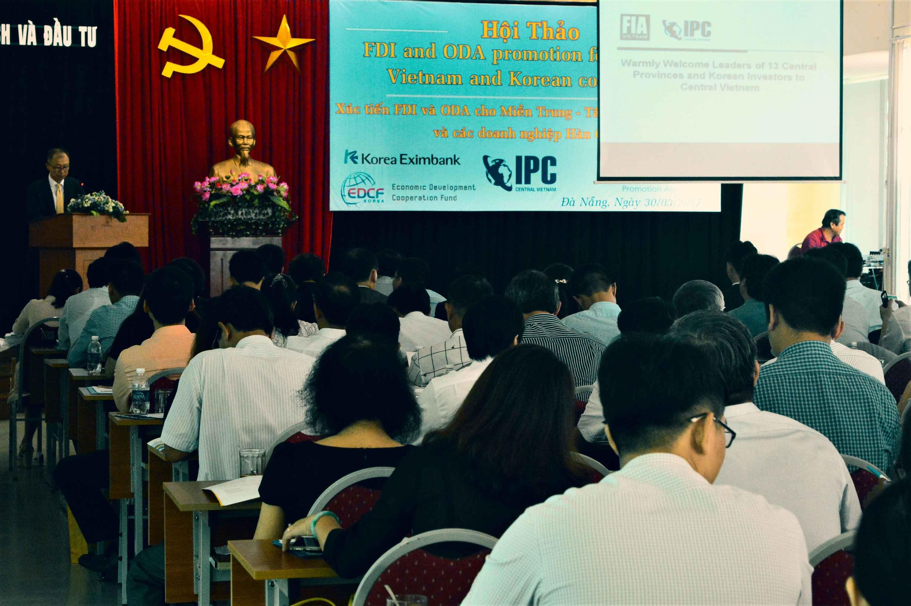 Hội thảo quy tụ đại diện của 13 địa phương trong khu vực miền Trung - Tây Nguyên và 25 nhà đầu tư lớn đến từ Hàn Quốc. Ảnh: Q.T