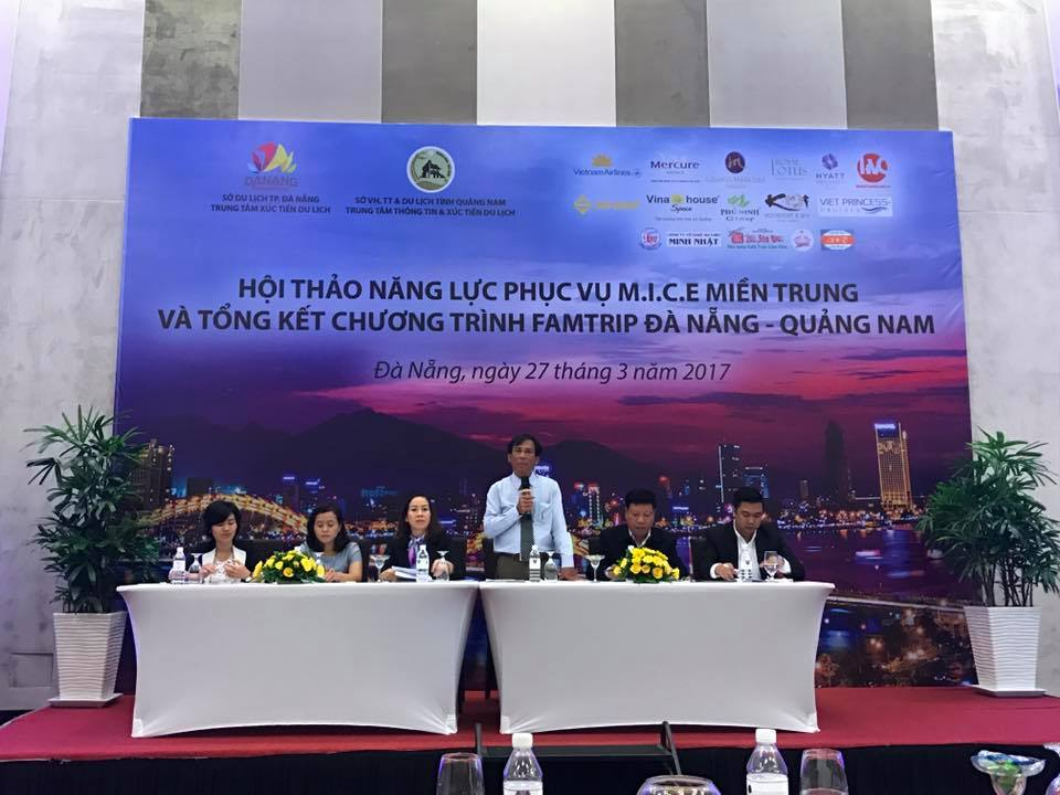 Deputy Director of Quang Nam Department of Culture, Sports and Tourism Ho Tan Cuong speaking at the event