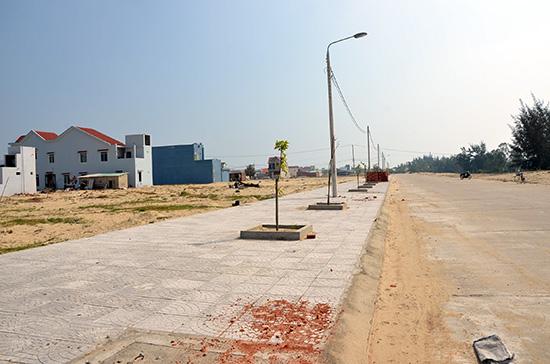 Hạ tầng khu tái định cư vùng dự án xã Duy Hải đang hoàn thiện.