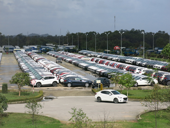 Sản xuất ô tô nằm trong diện tồn kho gia tăng.Ảnh: T.DŨNG