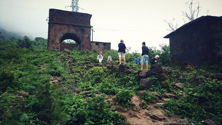 Một góc di tích Hải Vân Quan nằm trên đỉnh đèo Hải Vân. Ảnh: Q.T