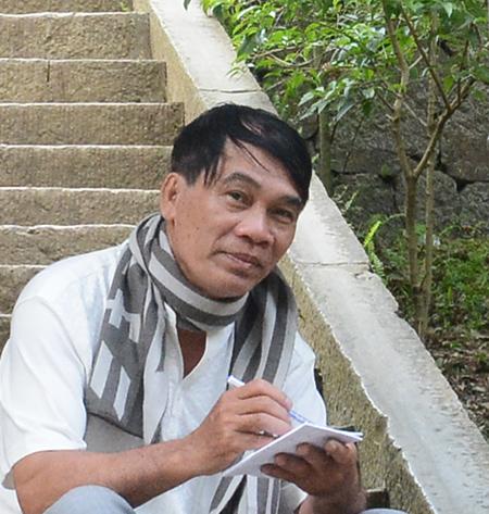 Nhà văn Lê Trâm.