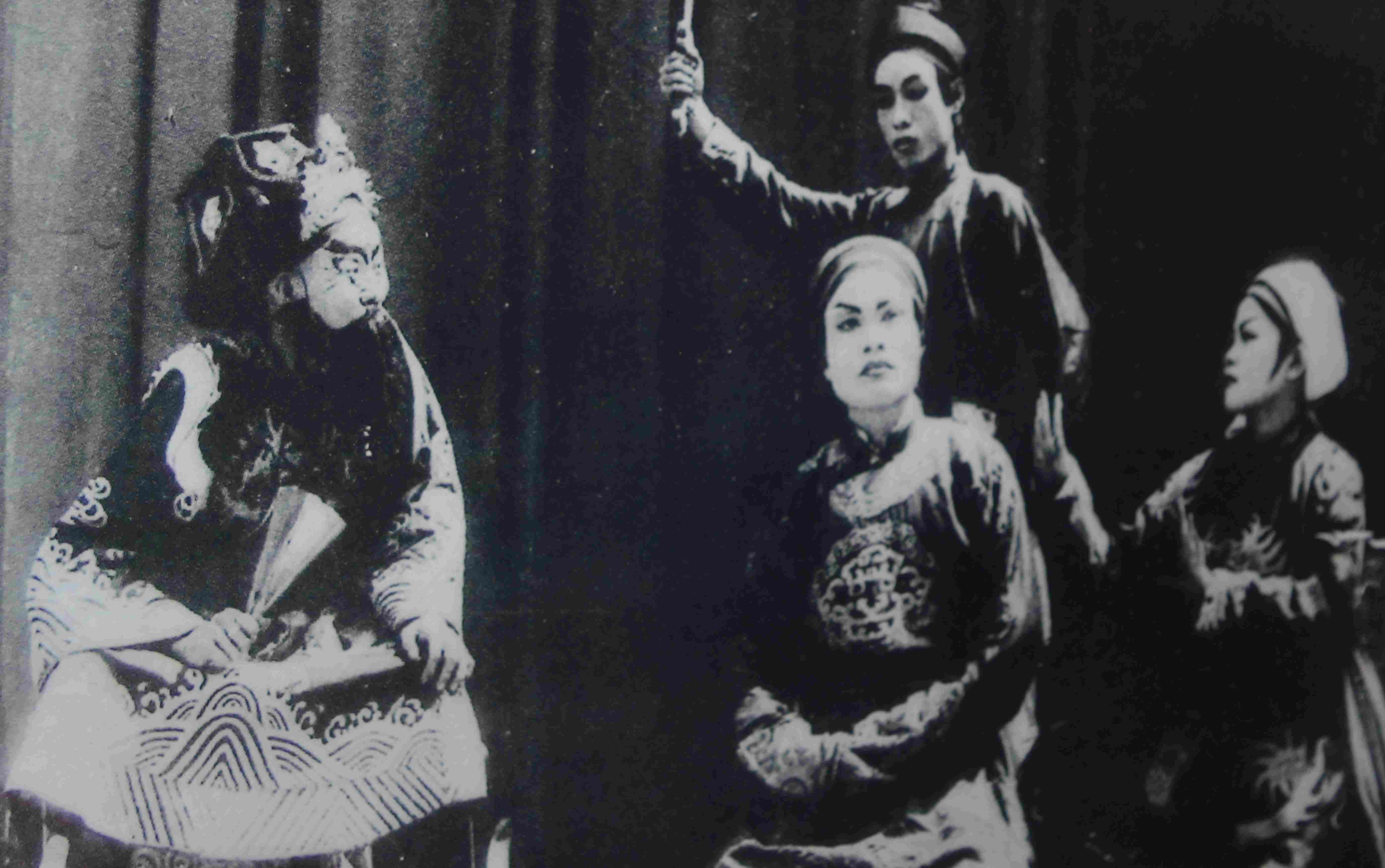 Một cảnh tuồng trong vở Đào Phi Phụng được lưu lại tại Bảo tàng Điện Bàn. Ảnh: H.S