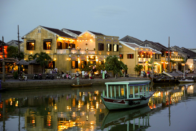 Tourists will be free to visit Hoi An ancient town during Quang Nam Heritage Festival 2017