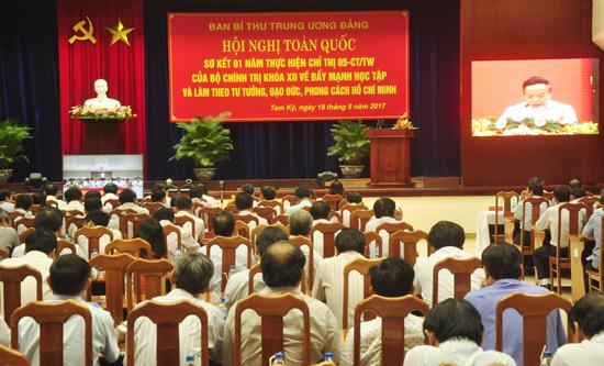 Hôm qua 18.5, Ban Bí thư Trung ương Đảng tổ chức hội nghị trực tuyến toàn quốc sơ kết một năm thực hiện Chỉ thị 05-CT/TW của Bộ Chính trị (khóa XII). Ảnh: HÀN GIANG