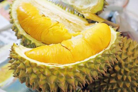 Không nên ăn quá nhiều sầu riêng. Ảnh minh họa.