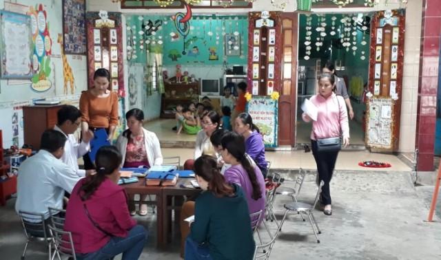 Hội LHPN TP.Tam Kỳ giám sát hoạt động của 14 nhóm trẻ, lớp mẫu giáo độc lập tư thục. Ảnh: M.L
