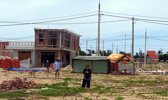 Hiện trạng các dự án khu tái định cư cơ bản hoàn thành tại Hội An. Ảnh: T.D