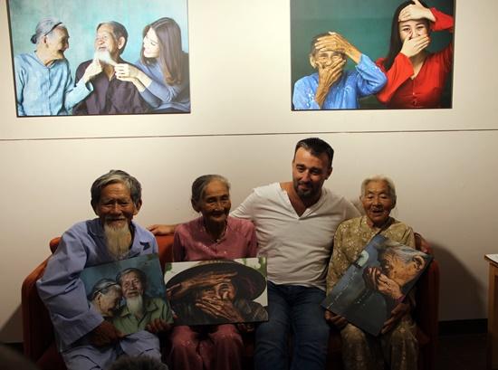 Những nhân vật tuổi già đã mang đến cho Reshahn nhiều cảm xúc và thành công trên con đường nghệ thuật