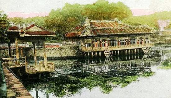 Tranh của họa sĩ Maria Mộng Hoa.
