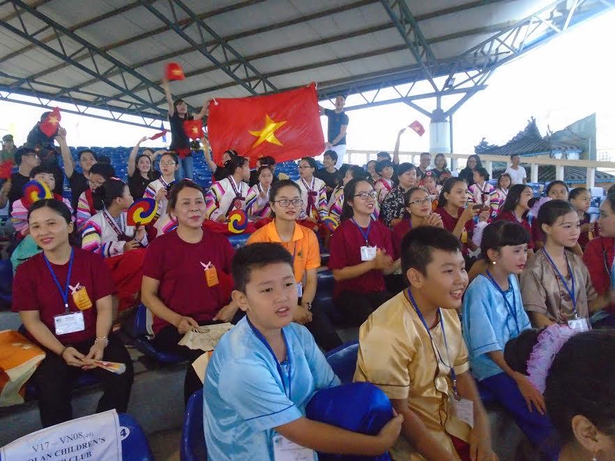 -các đội Việt Nam vui mừng khi đoạt nhiều giải thưởng đặc biệt trong chương trình