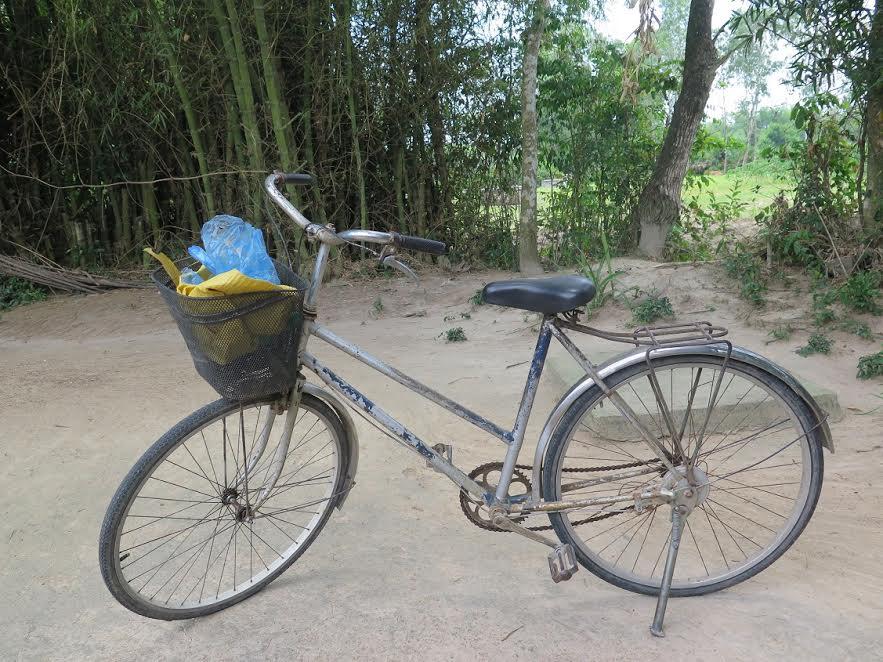 Chiếc xe đạp của chị Tiến được người dân phát hiện khuya ngày 21.6.
