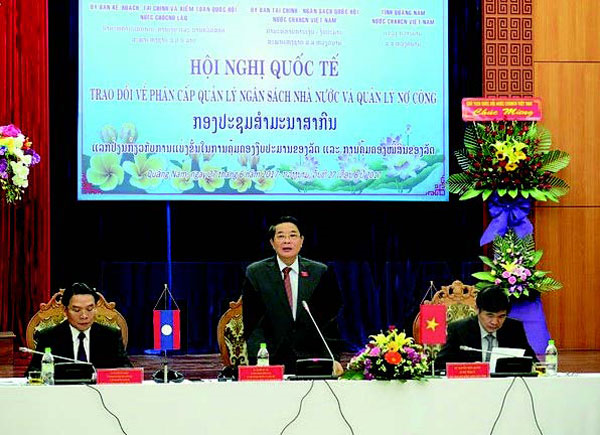 Vietnam-Laos exchange of budget management (Photo: VNA)