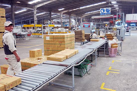 Thu ngân sách gặp khó khăn, Quảng Nam đang tìm hướng gia tăng ngân sách từ các ngành kinh tế khác như dịch vụ, du lịch, sản xuất công nghiệp…