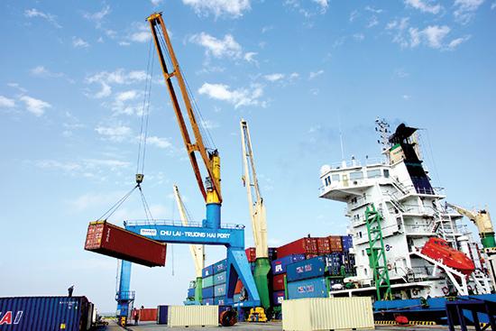 Chu Lai-  Truong Hai port