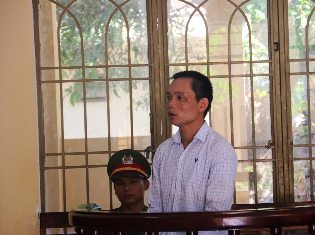 Bị cáo Khăm tại phiên tòa. Ảnh: T.C