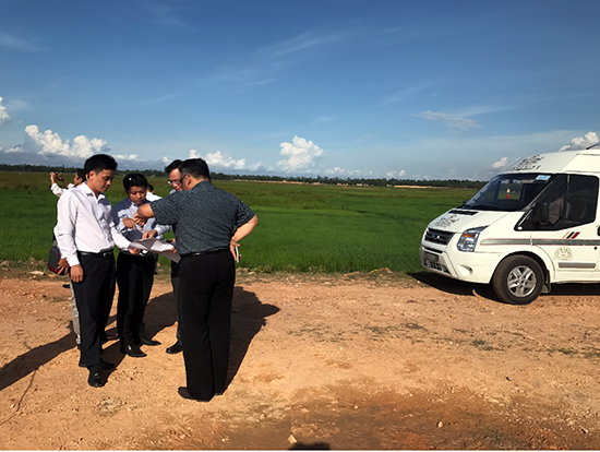 Jababeka representatives survey some places in Tam Ky city