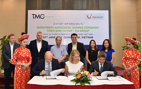 Investment agreement signing ceremony between Thien Minh and TUI Groups