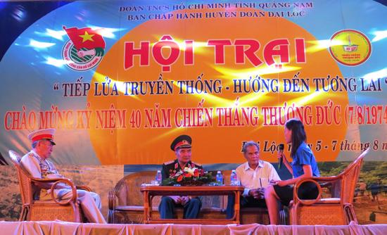 """Hội trại """"Tiếp lửa truyền thống"""" do Huyện đoàn Đại Lộc tổ chức nhân kỷ niệm 40 năm Chiến thắng Thượng Đức. Ảnh: H.LIÊN"""