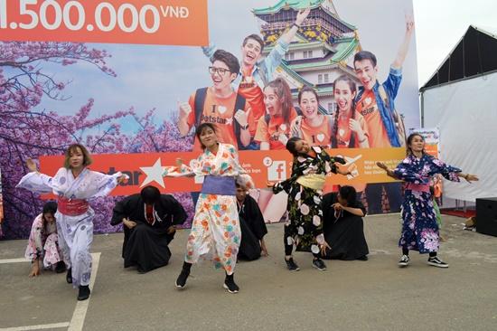 Nhiều tiết mục nghệ thuật Nhật Bản sôi động tại lễ hội