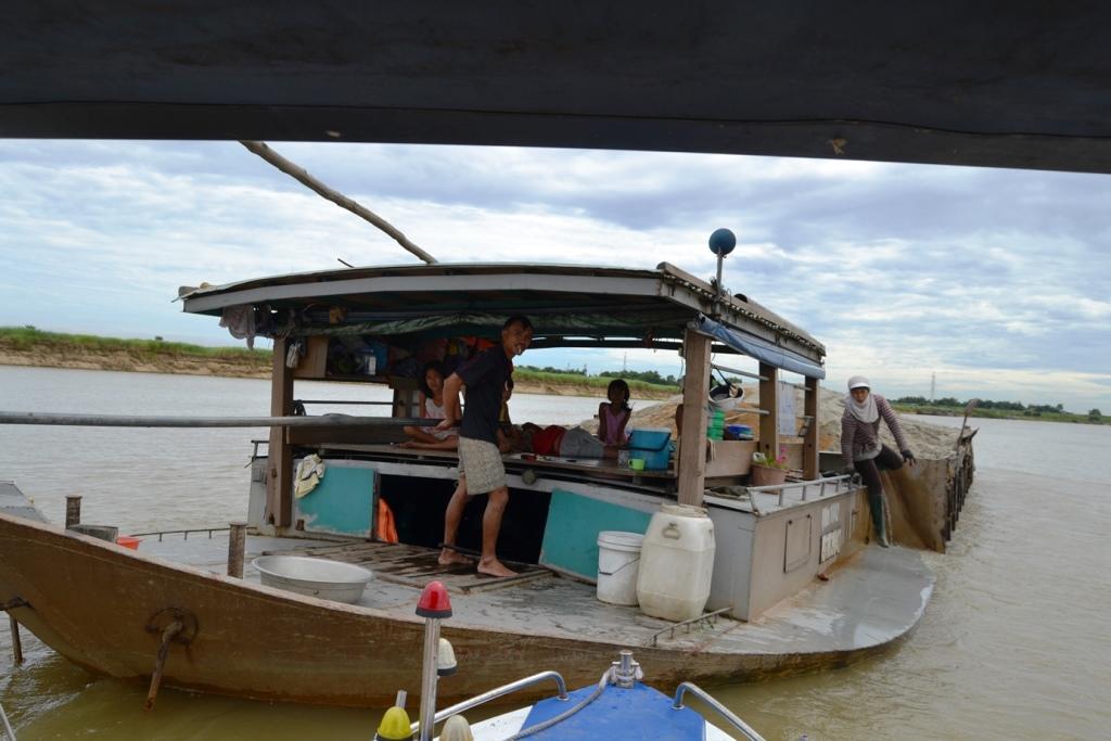 CS đường thủy đã phát hiện, xử lý gần 100 trường hợp chở quá tải trên sông Thu Bồn.