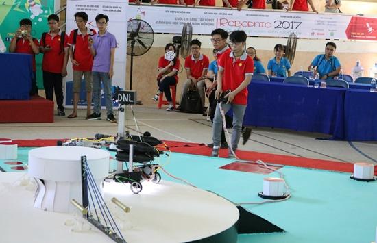 Cuộc thi thu hút sự tham gia đông đảo của gần 200 học sinh khối THPT thuộc tỉnh Quảng Nam và TP.Đà Nẵng