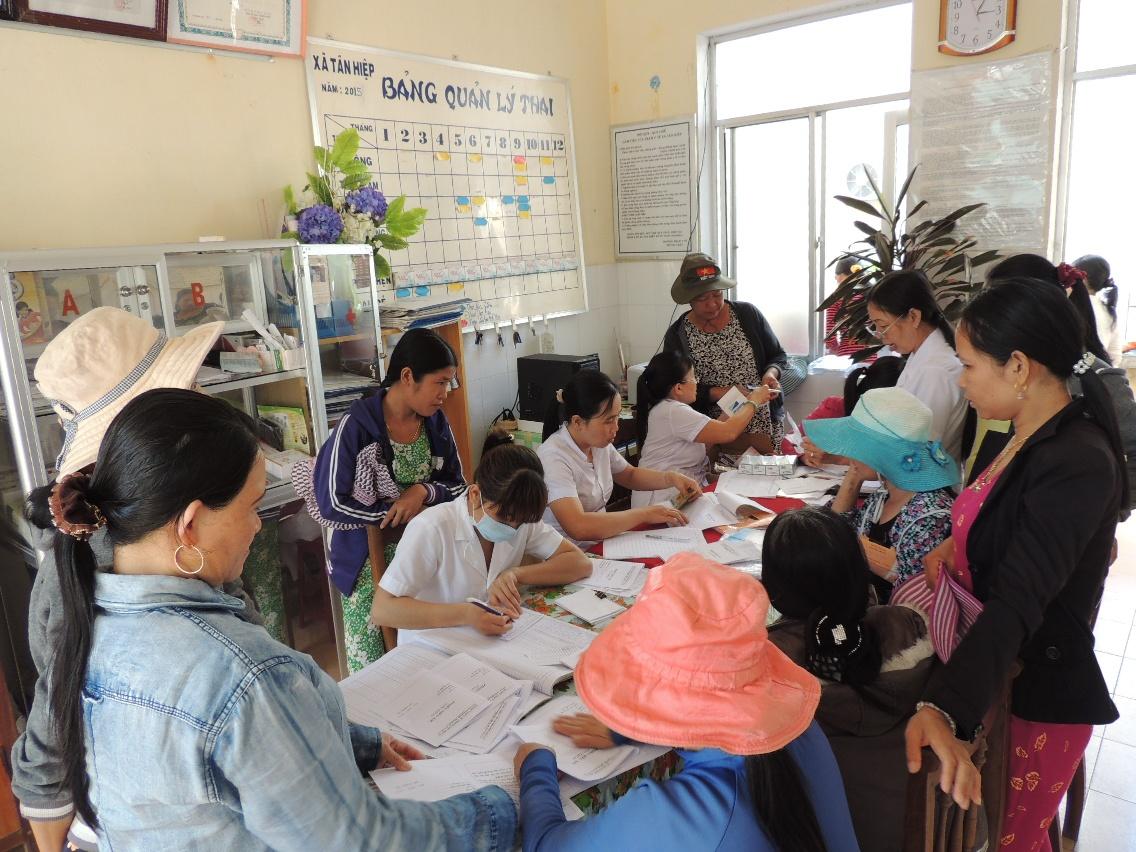 Lập hồ sơ nhằm đảm bảo mọi người dân đều được quản lý, theo dõi, chăm sóc sức khỏe ban đầu tại các cơ sở y tế.