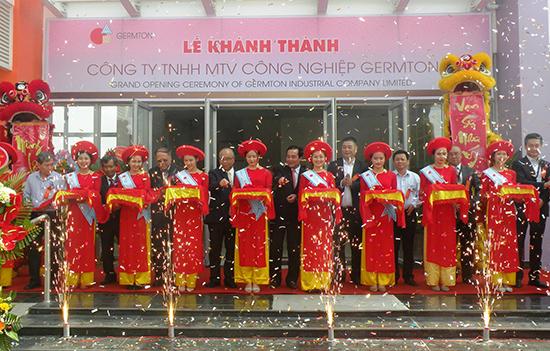 Khánh thành công trình nhà máy may xuất khẩu (giai đoạn 1) của Công ty TNHH MTV Công nghiệp Germton thuộc Tập đoàn Germton Hồng Kông (Trung Quốc) tại khu công nghiệp Đông Quế Sơn hồi tháng 3.2017.Ảnh: N.SỰ