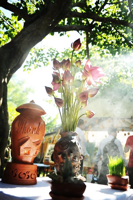 Hoa sen để thờ tổ.