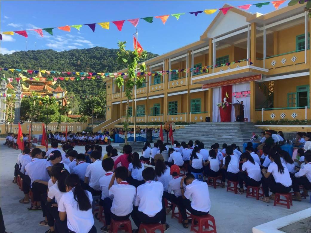 Trường Tiểu học và THCS Quang Trung