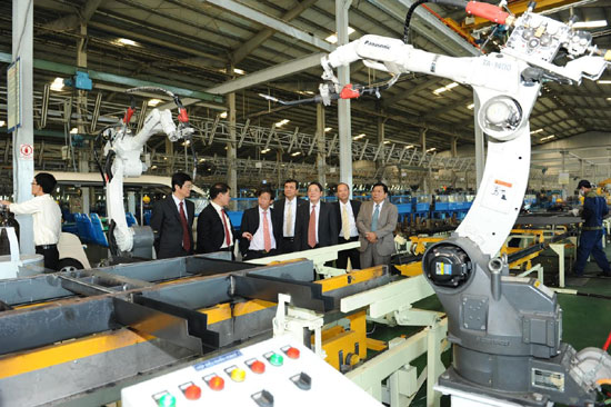 New technology for production lines in THACO. Photo: kinhtedothi.vn