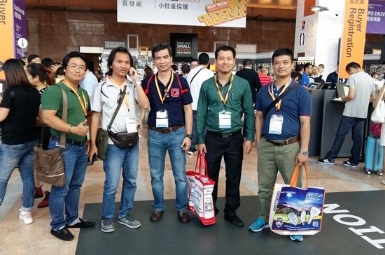 Tham dự Hội chợ thiết bị ánh sáng quốc tế tại Hồng Kông cùng Vietda Travel