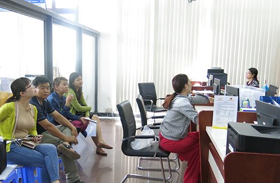 Trung tâm Hành chính công và xúc tiến đầu tư đưa vào vận hành là một trong những hoạt động đột phá về cải cách hành chính của Quảng Nam. Ảnh: T.DŨNG